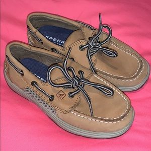 New Boy's SPERRY Intrepid Deck Shoes Size 13